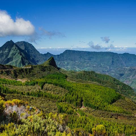 Einer der 3 Talkessel am erloschenen Vulkan Piton des Neiges: Cirque de Mafate, La Reunion