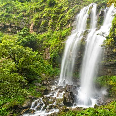 Auf dem Bolaven Hochplateau: Tad TaKet Wasserfall, Ban Nung Lung, Laos