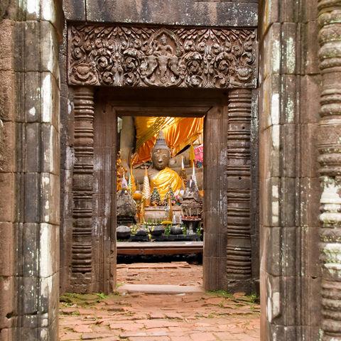 Buddhastatuen im Wat Phou, Laos