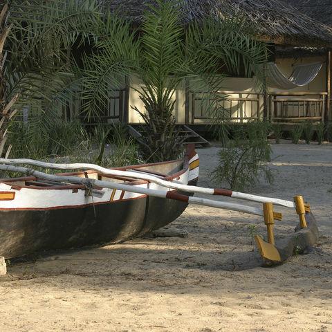 Boot am Strand, Madagaskar