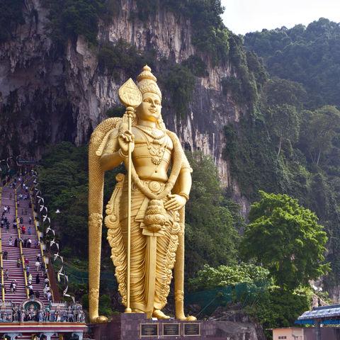 Murugan Statue vor den Batu-Höhlen, Malaysia