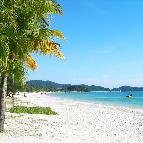 Inselleben: Pantai Cenang Beach auf Langkawi, Malaysia
