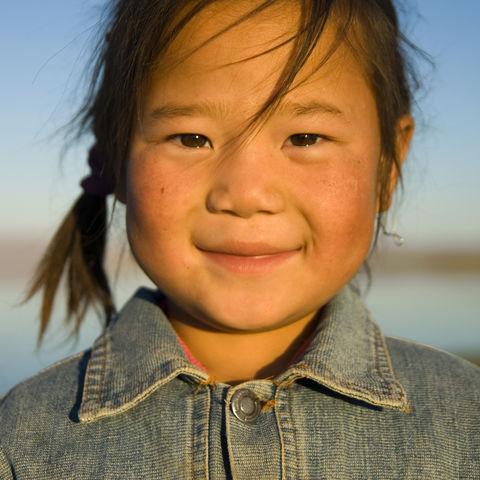 Wenn Freude Augen hat: Mongolisches Mädchen, Mongolei