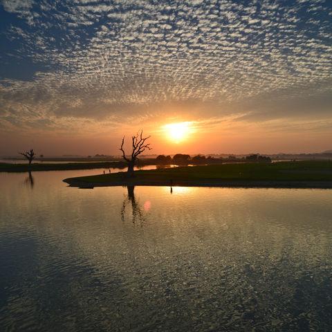 Sonnenuntergang in Amarapura, Myanmar