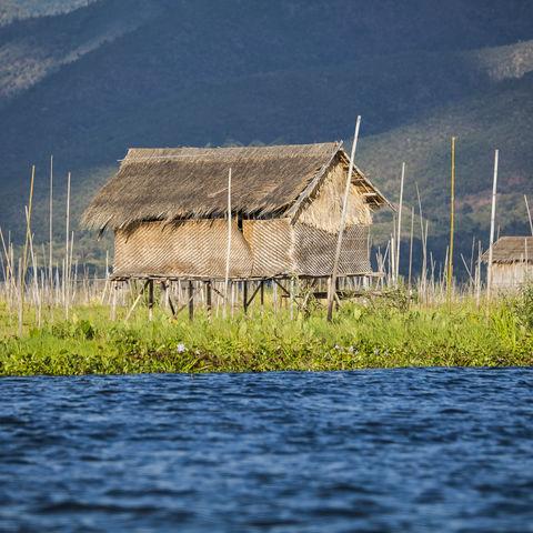 Stelzenhaus auf dem Inle See, Myanmar