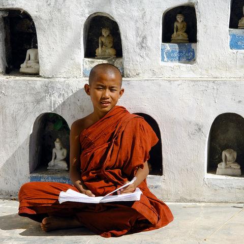 Junger Mönch, Myanmar