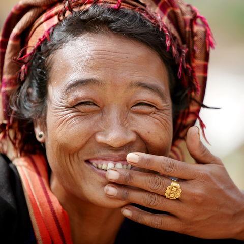 Lachende Frau, Myanmar