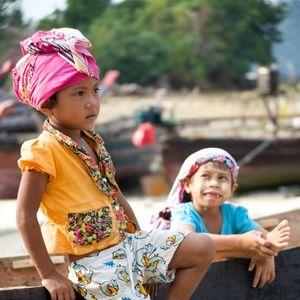 Zwei Mokenkinder © Burma Boating