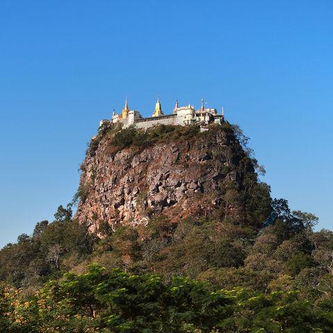 Blick auf den Mount Popa, Myanmar