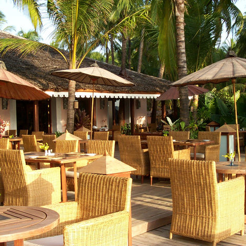 Terrasse des Restaurants im Sandoway Resort, Myanmar