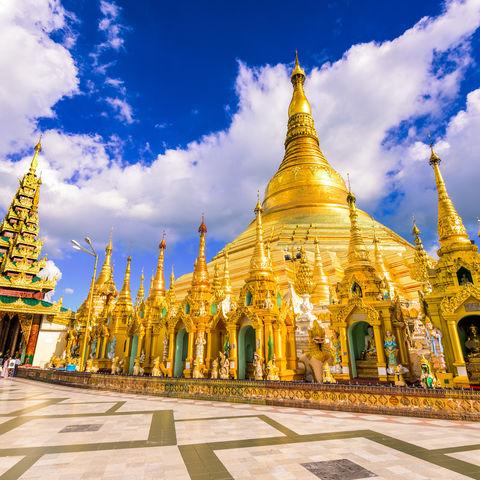 Gold und Glanz Hand in Hand: Shwedagon Pagode in Yangon, Myanmar