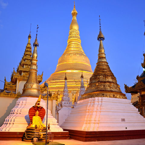 Die Shwedagon Paya in Yangon
