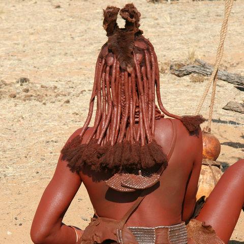 Haarpracht einer Himba-Frau, Namibia