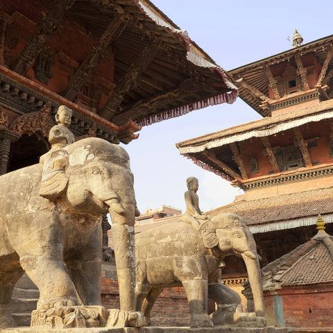 Elefanten-Statuen, Nepal