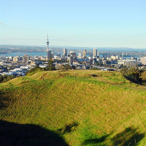 Blick vom Mount Eden auf Auckland, Neuseeland