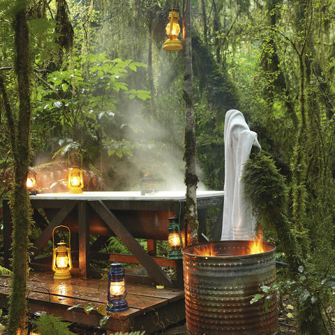 Outdoor Badewanne in der Natur, Neuseeland