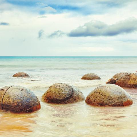 Moeraki Boulders am Strand, Neuseeland