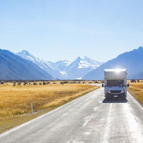 Das perfekte Verkehrsmittel in den Südalpen: ein Campervan, Neuseeland