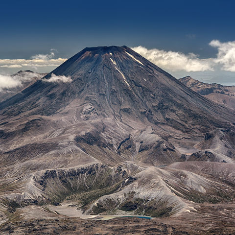 Höchster Gipfel des Tongariro-Massivs: Berg Ngauruhoe, Neuseeland