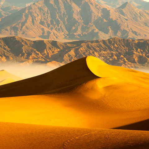 Sanddüne im Sonnenaufgang, Oman