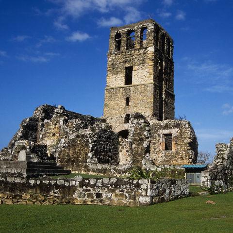 Anblick einer Kirchenruine, Panama