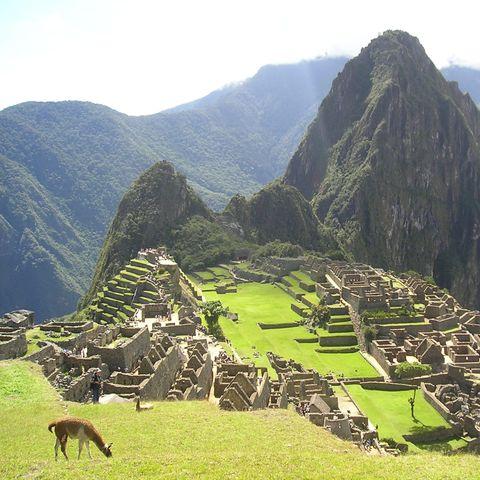 Machu Picchu bei schönem Wetter, Peru