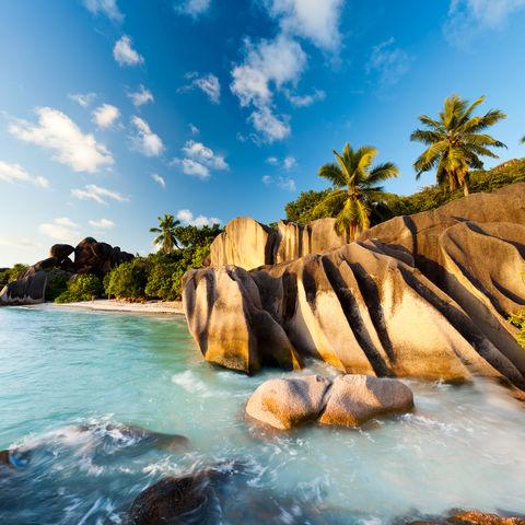 Glatte Felsen an der Küste, Seychellen