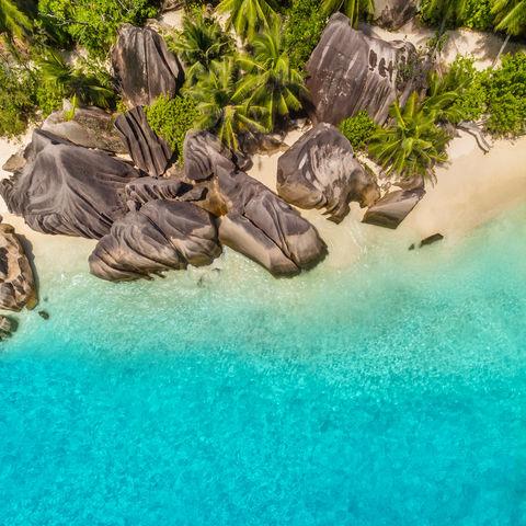 Traumhafter Strand auf La Digue, Seychellen