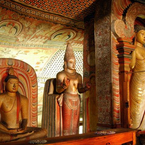 Buddha Statuen in Dambulla, Sri Lanka