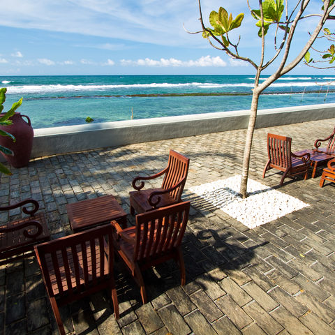 Terrasse am Meer, Sri Lanka