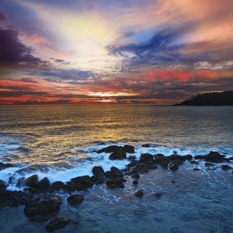 Sonnenuntergang am Ufer, Sri Lanka
