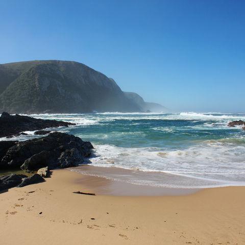 Strand im Tsitsikamma-Coastal-Nationalpark, Südafrika
