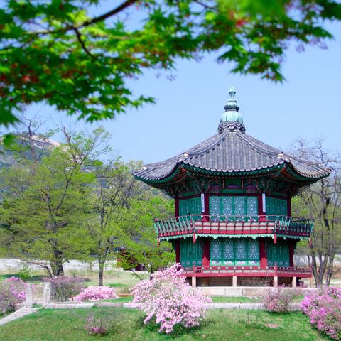 Pavillon beim Gyeongbokgung-Palast in Seoul, Südkorea