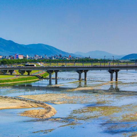 Brücke über einen Fluss bei der Stadt Gyeongju, Südkorea