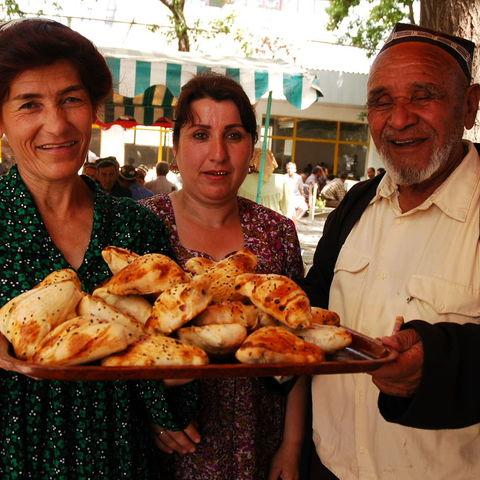 Herzliche Tadschiken, Tadschikistan