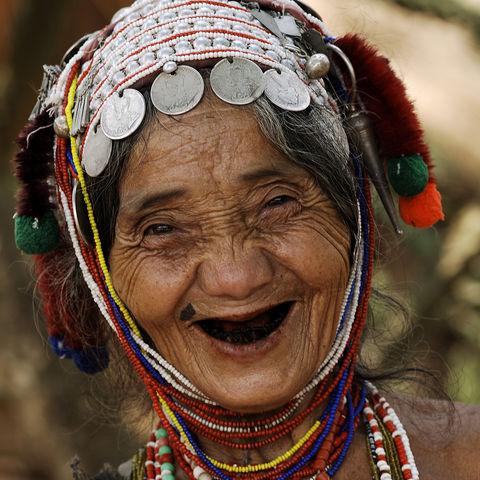 Lachende Frau aus Chiang Rai, Thailand