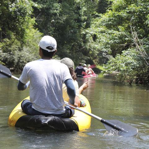 Zu Wasser durch Thailands Dschungel, Thailand
