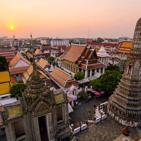 Aussicht vom Wat Arun Tempel über Bangkok, Thailand