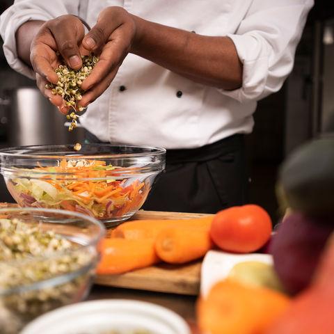 Frische ayurvedische Mahlzeiten @ NEUE WEGE, Ayurveda