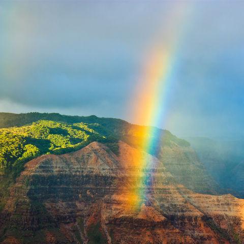 Regenbogen über dem Waimea Canyon, Hawaii