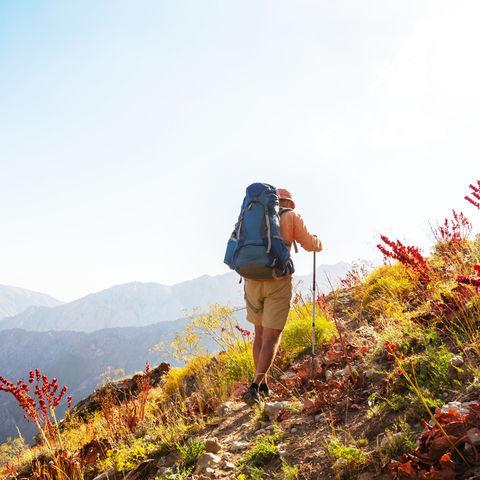 Wanderer im Chimgan Gebirge © Galyna Andrushko, Dreamstime.com