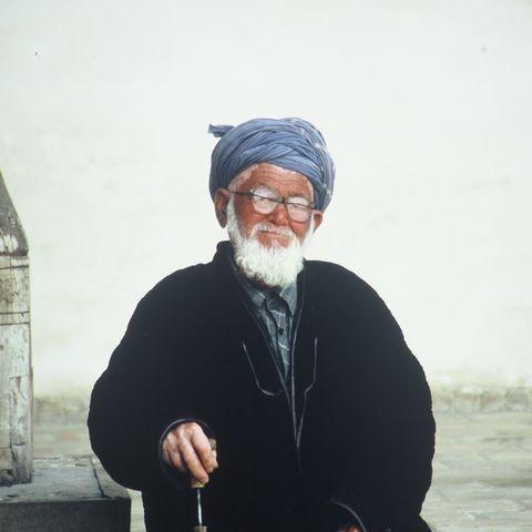 Freundlicher Usbeke mit Turban, Usbekistan