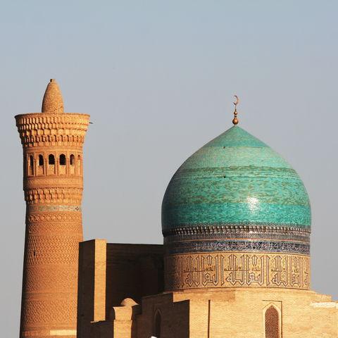 Minarett in der Sonne, Usbekistan