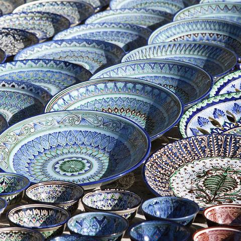 Kunstvolles Keramikgeschirr, Usbekistan