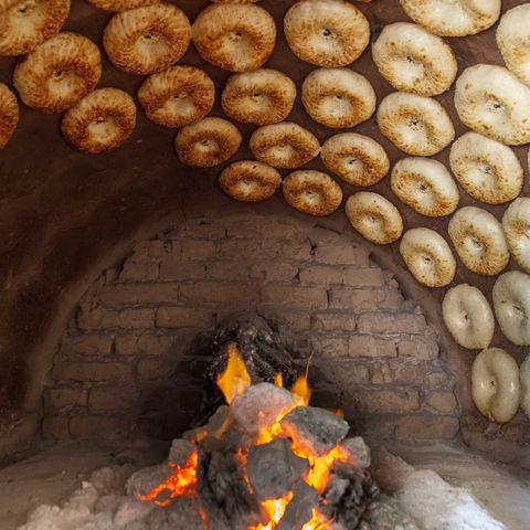 Traditioneller Backofen für Brot, Usbekistan