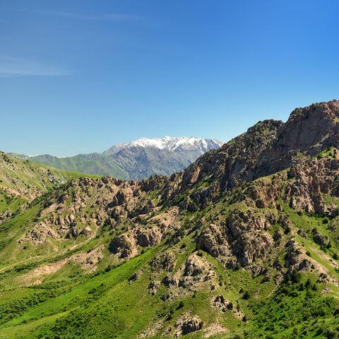 Lädt zu Wanderungen ein: Ugam Chatkal Nationalpark in der Nähe von Taschkent, Usbekistan