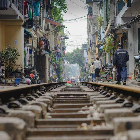 Bahnschienen in Hanoi, Vietnam