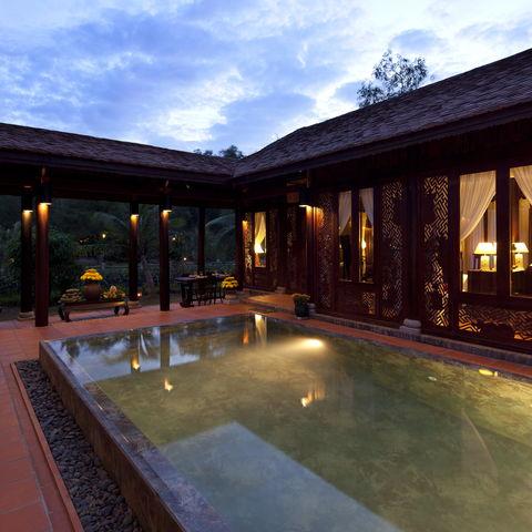 Beleuchteter Pool, Vietnam