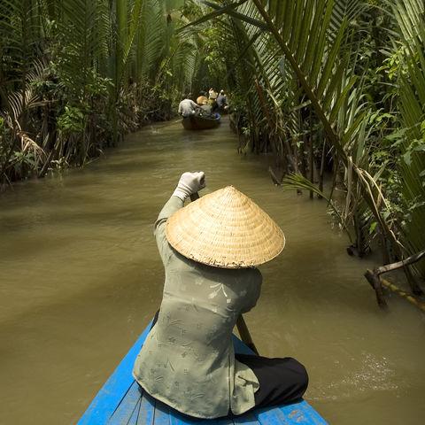 Per Sampan durch die Kanäle des Mekongdeltas, Vietnam
