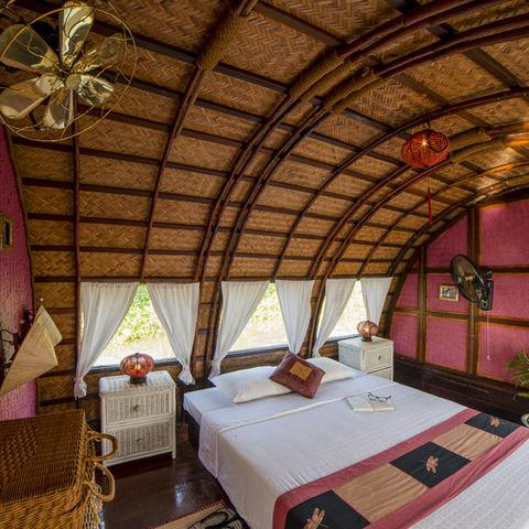 Schlafzimmer auf ihrer privaten Sampan, Vietnam